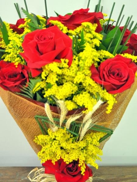 Ramalhete de Rosa Vermelhas (R$ 150,00)