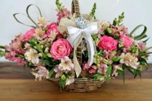 Cestas de Flores Nobres (R$ 160,00)